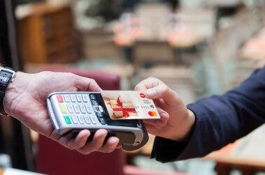 Нови правила за сигурност на Европейския съюз за безконтактни плащания